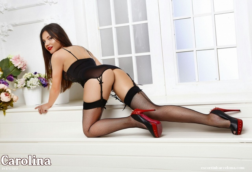 Carolina, Russian escort who offers french kissing in Barcelona