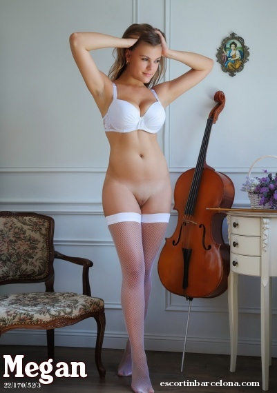 Megan, Russian escort who offers oral job in Barcelona
