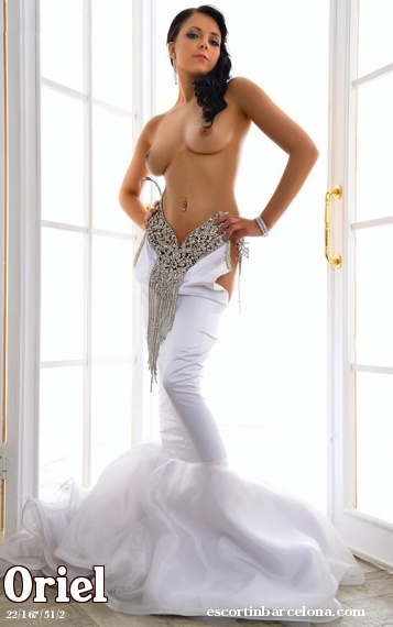 Oriel, Russian escort who offers company in Barcelona