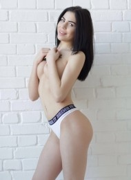 Penelopa, 21 years old Russian escort in Barcelona