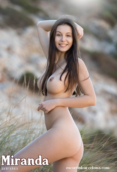 Miranda, Russian escort who offers french kissing in Barcelona