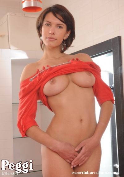 Peggi, Russian escort who offers oral job in Barcelona