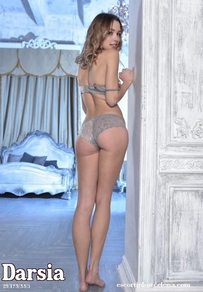 Darsia, Russian escort who offers massages in Barcelona