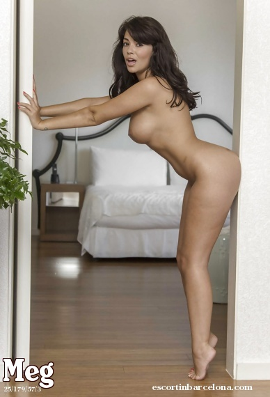 Meg, Russian escort who offers french kissing in Barcelona