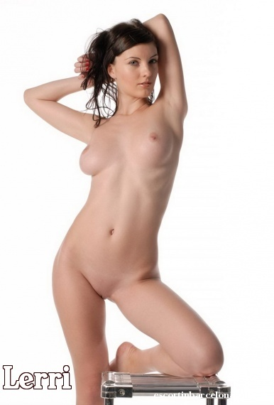 Lerri, Russian escort who offers oral job in Barcelona