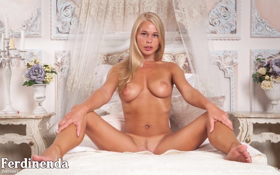 Ferdinenda, Russian escort who offers french kissing in Barcelona