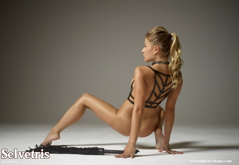 Selvetris, Russian escort who offers oral job in Barcelona