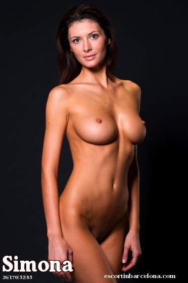Simona, Russian escort who offers massages in Barcelona