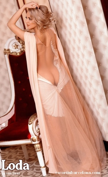 Loda, Russian escort who offers french kissing in Barcelona