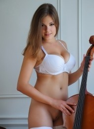Meg, 25 years old Russian escort in Barcelona