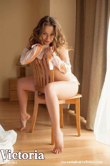 Victoria, Russian escort who offers massages in Barcelona